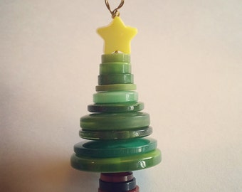 3 Button Christmas Trees (1 pack of 3 trees)