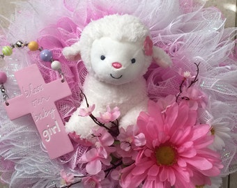 Baby girl wreath with musical lamb