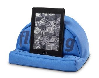 Tablet bold (blue) pillow fläzbag® Tabletkissen iPad pillow design Halter stand for Apple iPad, iPad mini, Pro, iPad kindle OASIS etc.