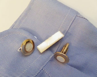 """Father's Day Gift Vintage Mother of Pearl Cuff Link Set Tie Clip Set in white Pearl 3/4"""" dia"""