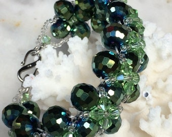 Green crystals and beaded BRACELET handmade roccailes