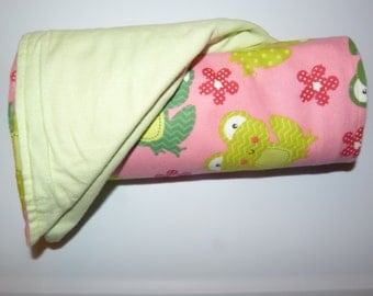 Receiving Blanket - Pink & Green Froggies