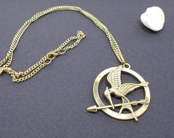 Pendant Necklace eagle bird with the arrow bronze