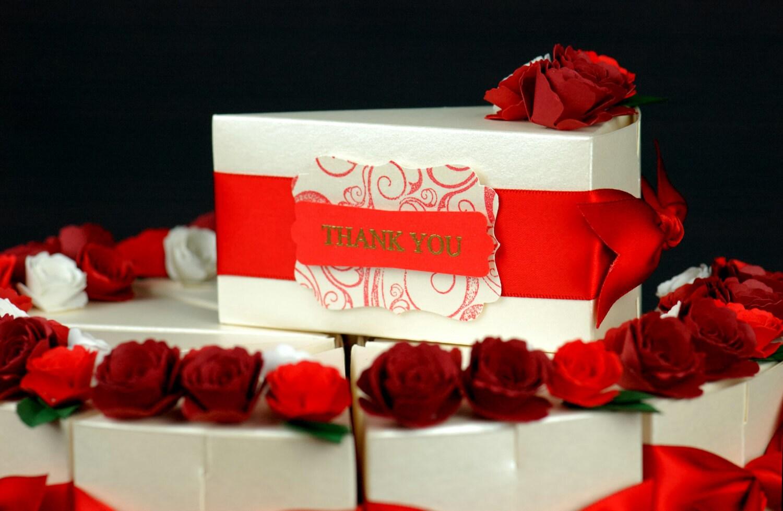 Deluxe Wedding Favor Boxes Three tier cake of uniquely