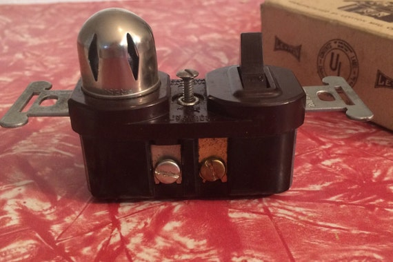 Vintage Switch And Pilot Light Single Pole Leviton 10a 125vt