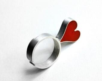 Sterling silver heart ring. Minimalist design ring.