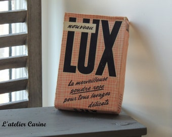 Old box laundry lux, English vintage advertising