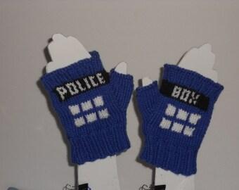 Dr Who TARDIS fingerless mitts