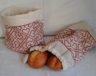 Bread basket with matching lunch bags