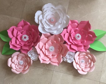 8 piece paper flower set with leaves