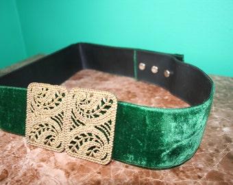 Vintage green suede belt