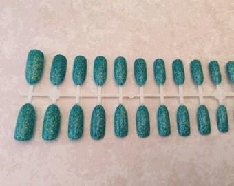Hand painted oval false nails
