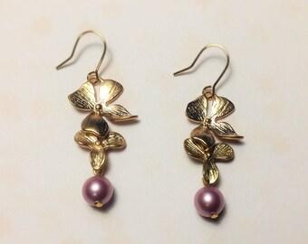 Golden orchid pink swarovski pearls earrings