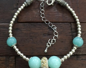 Aquamarine and beaded bracelet