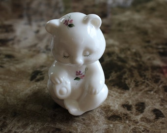 Handpainted White Fenton Bear