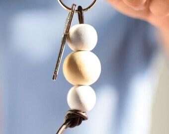 Wooden bead keychain, white