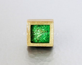 Square pendant : Marine in the frame... Gold*Green