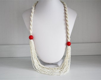 Multiwire vintage necklace in white beads, style 20