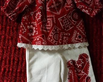Red bandana capri