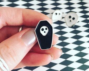 Enamel pin//pins//coffin pin