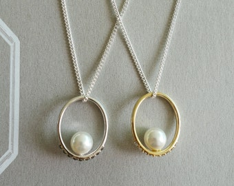 Sterling Silver, Swarovski Crystal & Pearl Ring Pendant 18' Silver Necklace