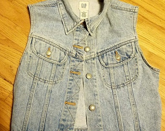 Vintage GAP Blue Denim Jean Vest Small