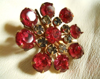 Red blossom vintage rhinestone broach