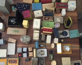 Impressive +600 antique perfume bottle collection