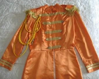 The Beatles 4 Jackets Sgt-Pepper pour Enfants réplique fidèle des costumes originaux 1967 !!  Attention tous fait à la main ! Originaux !