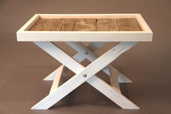 schicker tray table als beistelltisch f r wohnzimmer oder. Black Bedroom Furniture Sets. Home Design Ideas