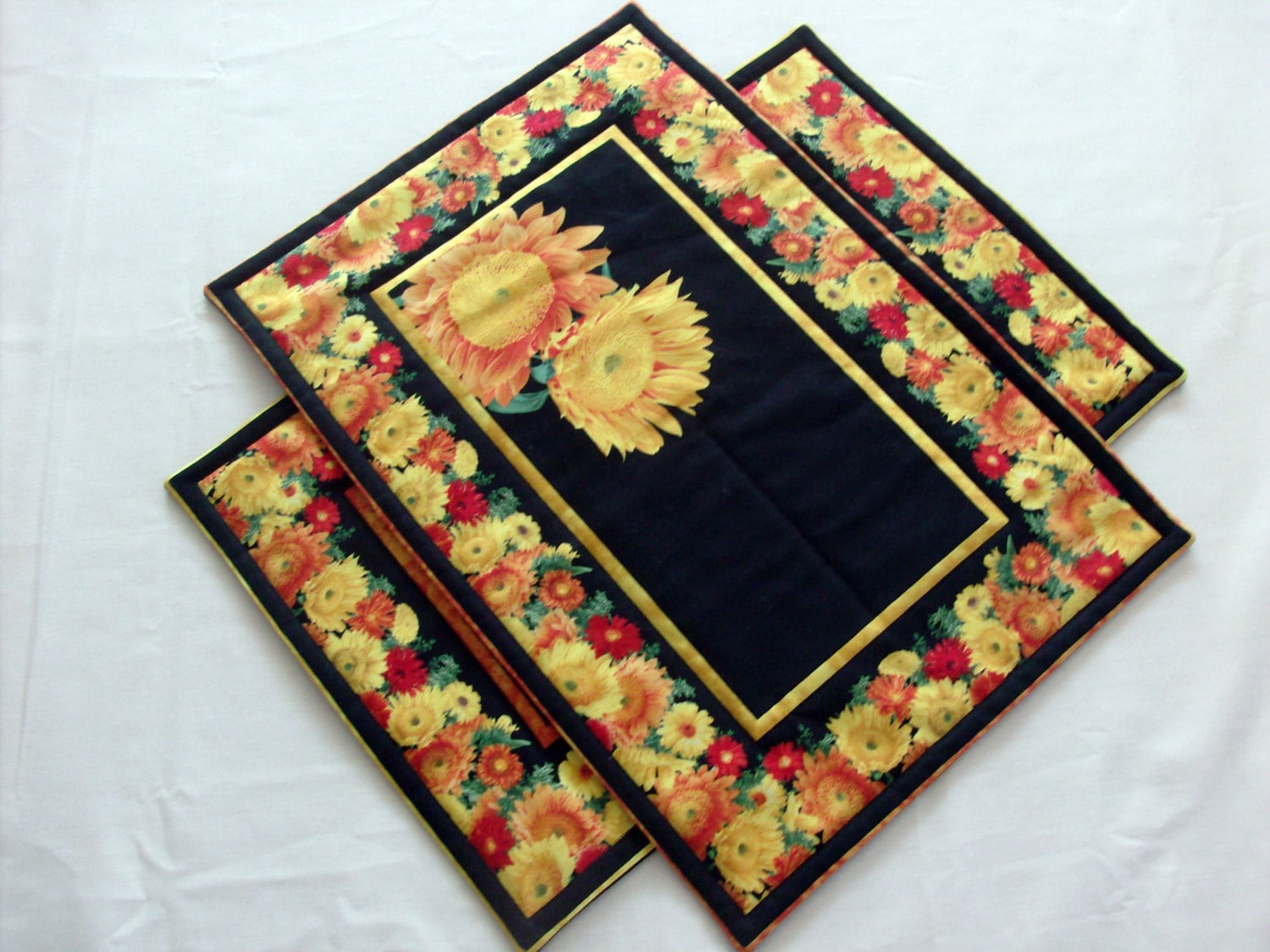 Spring placemats quilted placemats summer placemats table for Table placemats