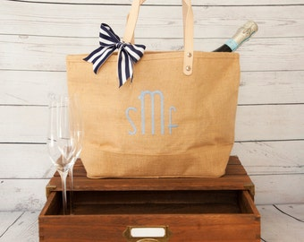 Bridesmaid Gift,Personalized Bridesmaid Gift Idea,Bridesmaid Gift Idea,Bridesmaid Tote,Personalized Bridesmaid Bag,Monogram Tote,Jute Tote