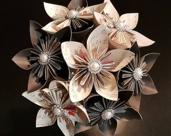 Handmade 7 flower florigami bouquet with pearl embellishments