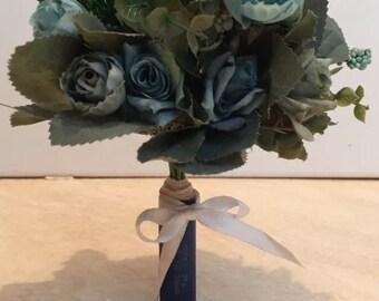 Beautiful faux bridesmaids bouquets
