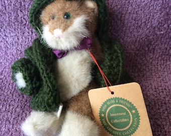 """SALE! Boyds Bears 6 1/2"""" Ginger and White Kitty 'Keats' with Green Hooded Sweater"""