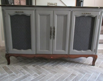 SOLD ** Vintage Zenith Stereo Console Converted Bar / Buffet Mid Century Traditional Art Deco