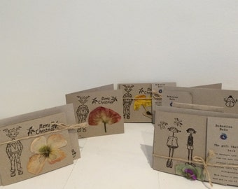 Christmas Card Multipack (5) - handmade cards from 100% recycled cardboard. Each individual flower is pressed by hand.