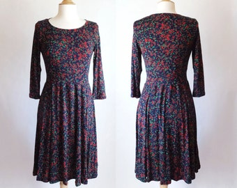 size MEDIUM Navy blue dress women's long sleeve abstract Print Scoop neck Fit and Flare confetti print 3/4 Sleeve Full Skirt Dress