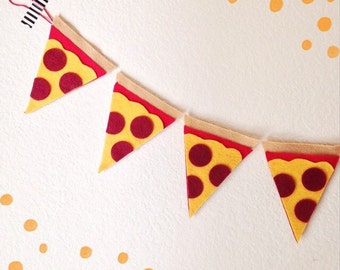 Pizza slices // Felt Banner // Garland // Birthday // Pizza Party // Photo Prop