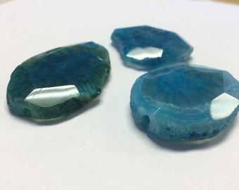 Blue Dyed Quartz Centerpiece Stone
