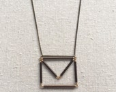 Stationary Necklace in gold