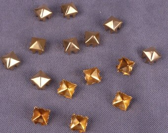 Gold Metal Pyramid Square Stud 5mm - 250 Pieces (MS5GOPDS-250)