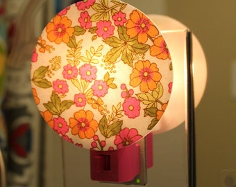 Pink and Orange Flowers Nightlight