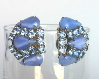 Vintage Blue Rhinestone Earrings - Soft Sky Blue and Light Baby Blue - Faceted Rhinestones, Smooth Teardrops - Silver Clip-Ons Signed Weiss