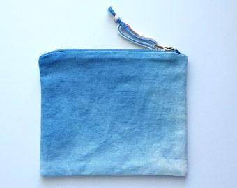 Hand Dyed Flat Coin Pouch- Dye Blast #1528 OAK Indigo Ombre Shibori Ivory Zipper iPhone Linen Cotton