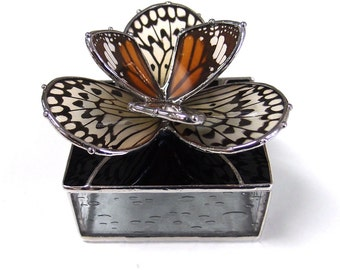Real Butterflies Stained Glass Box -  Perfect for a Engagement or Wedding Rings, Real Monarch and Paperwhite Butterflies Flower Design