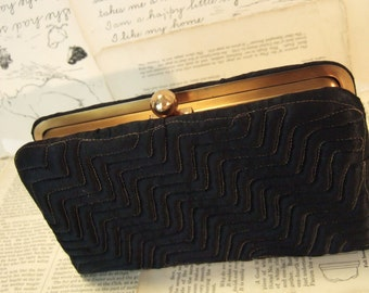 SaLe VINTAGE black Silk and GOLD clutch evening handbag by Le Faye