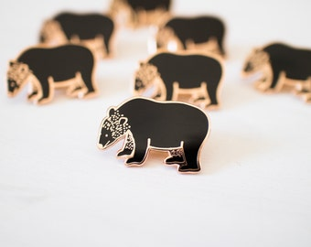 Bear pin - enamel pin - lapel pin - animal pin - black bear pin - bear gift - enamel jewellery - animal gift - pin game - flair game