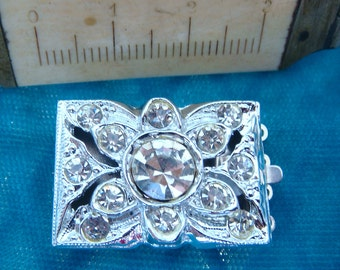 "RHINESTONE CLASP Vintage Four Strand NOS New Old Stock 1950's 1"" x 5/8"" Size jc clarec34 MoRE AVAlLABLE"