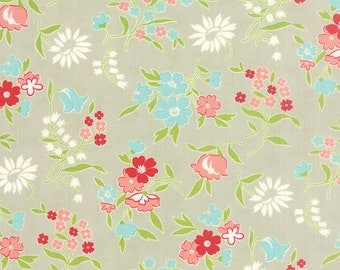 Vintage Picnic - Playful in Gray: sku 55125-15 cotton quilting fabric by Bonnie and Camille for Moda Fabrics - 1 yard
